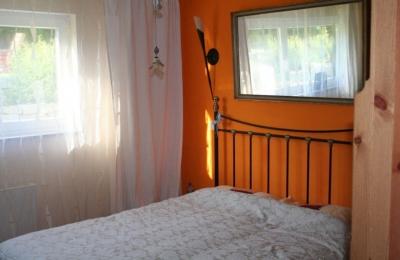 wohnung mit garten im regensburger norden. Black Bedroom Furniture Sets. Home Design Ideas